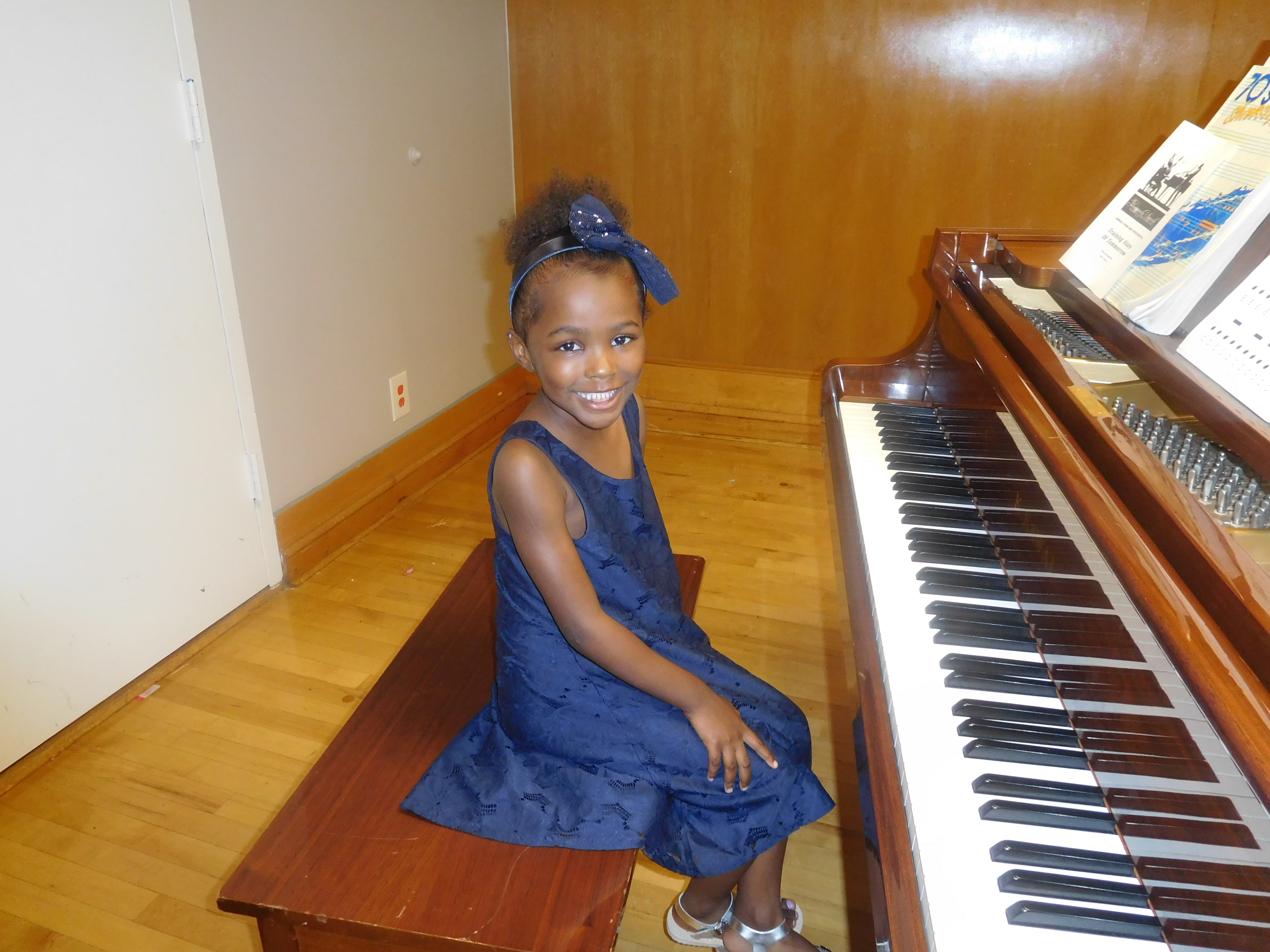 Piano Lessons in Arlington, Texas Ava